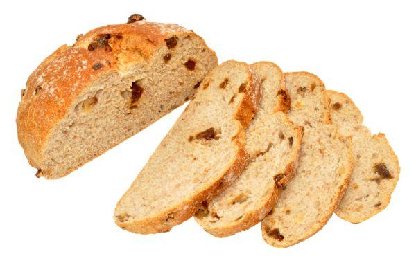 Chlieb s ďatľami a vlašskými orechmi  
