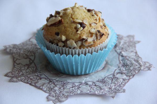 Hruškové muffiny s lieskovými orechami  