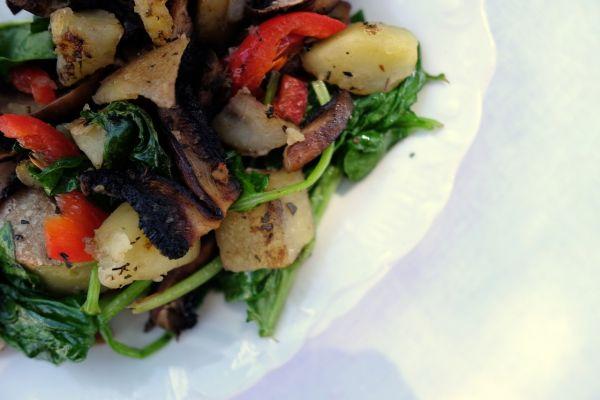 Portobello so zemiakmi ako teplý šalát či príloha |