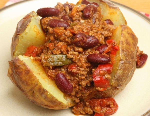 Chilli con carne s kuskusom  