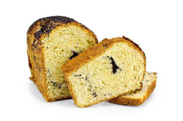 Chlebíček s makovou plnkou |