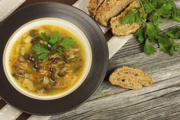 Hubová polievka so zemiakmi |