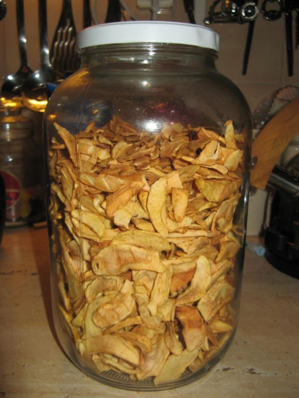 Sušené jablká so škoricou |