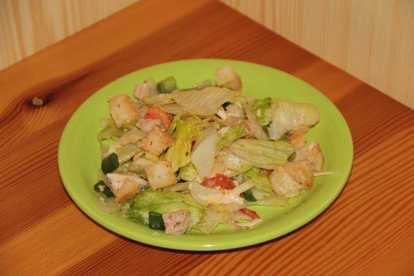 Zeleninový šalát s kuracím mäsom |
