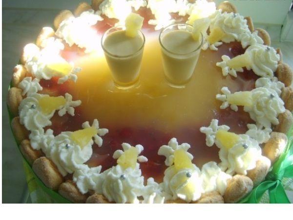 Nepečená ananásová torta |