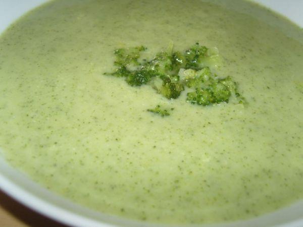 Brokolicová krémová polievka |