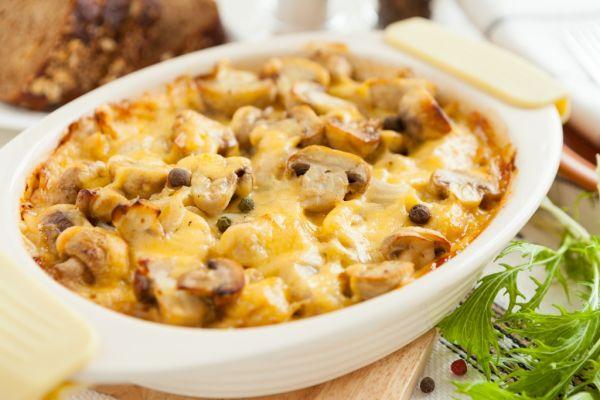 Zapečené zemiaky s hubami |