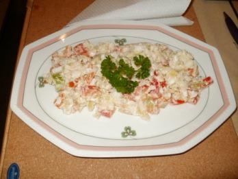 Jarní salát se sójonezou  Recepty na každý den