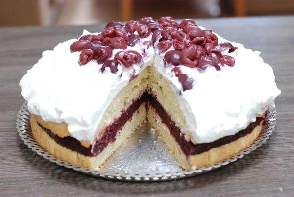 Višňová špaldová torta |