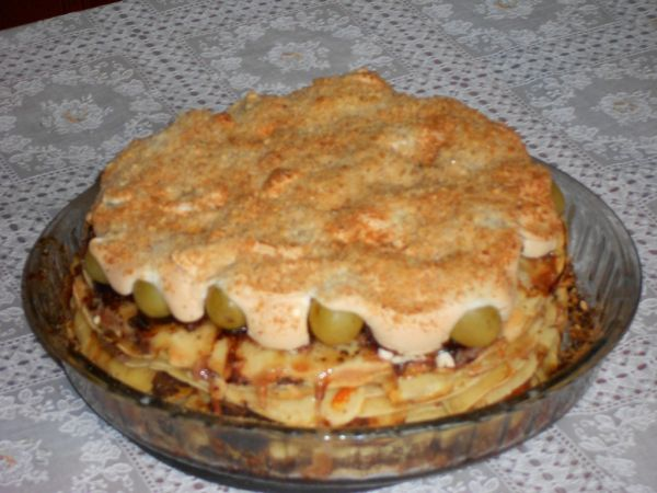 Palacinková torta s ovocím  