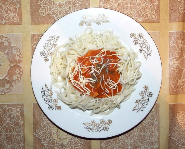 Špagety s morca dellou |