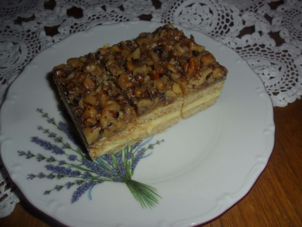 Medovo-orechové rezy |