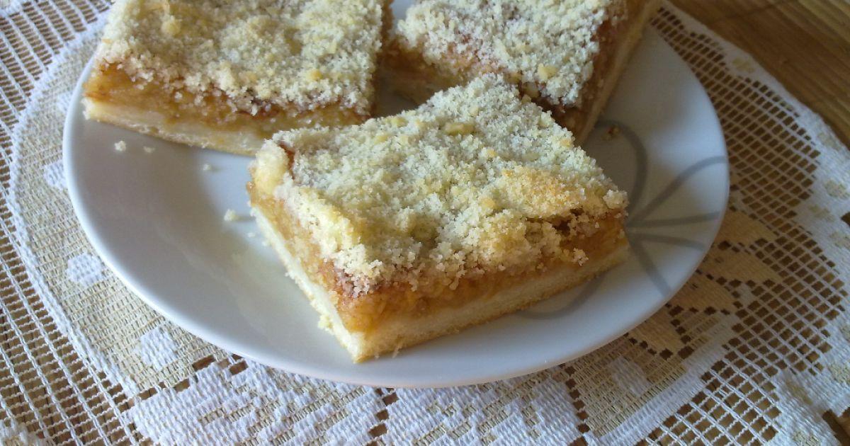 Kysnutý jablkový koláč s mrveničkou, fotogaléria 1 / 13.