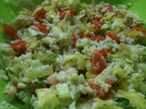 Vynikajúci ryžový šalát |