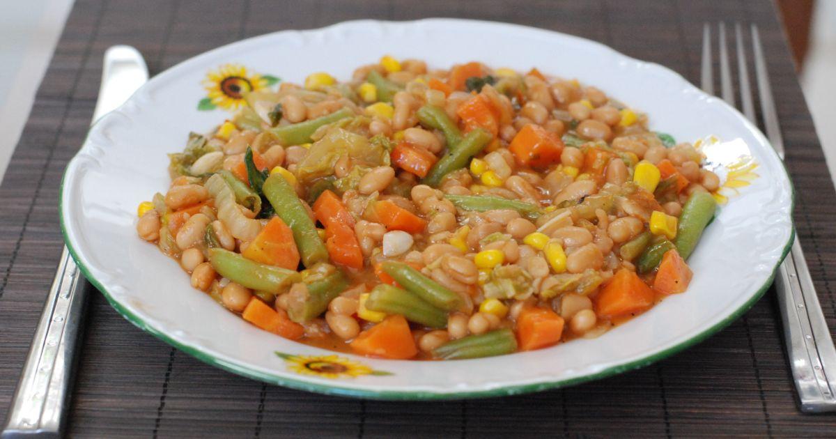 Dusená čínska kapusta s fazuľou, fotogaléria 1 / 10.