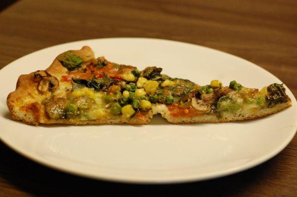 Šampiňónovo-špenátová špaldová pizza |