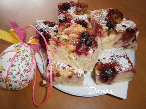 Jogurtový koláč s ovocím |