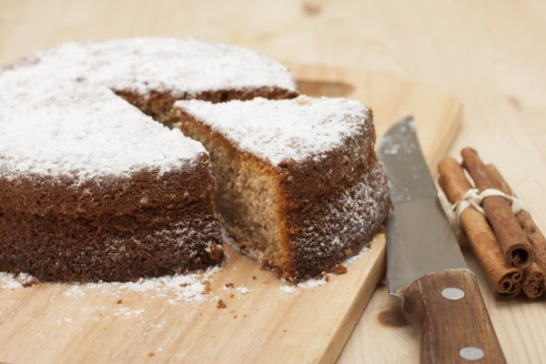 Škoricový koláč zo špaldovej múky |