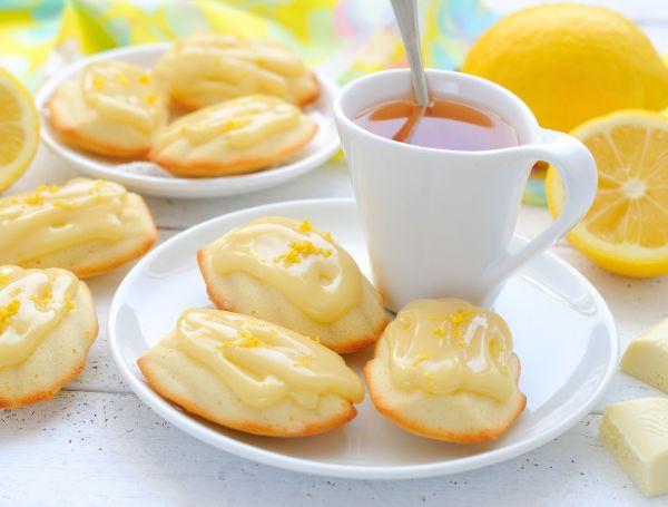 Sušienky s citrónovou polevou |