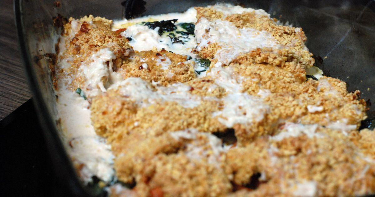 Pečené chrumkavé morčacie rezne na zelenine ...