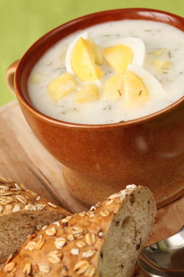 Zemiaková polievka zo srvátky s vajcom |