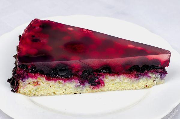 Ovocný koláč so želatínou |