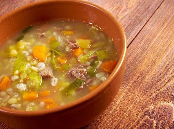 Krúpová polievka so zeleninou |