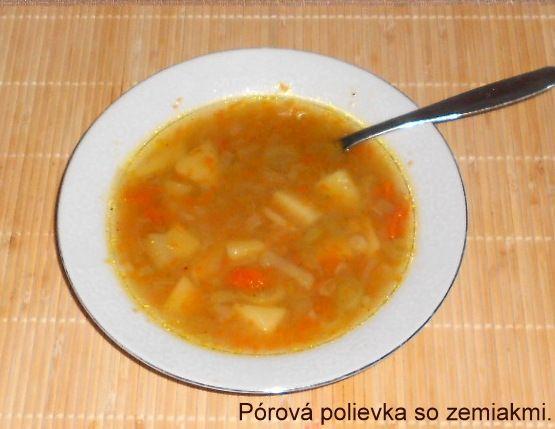 Pórová polievka so zemiakmi |