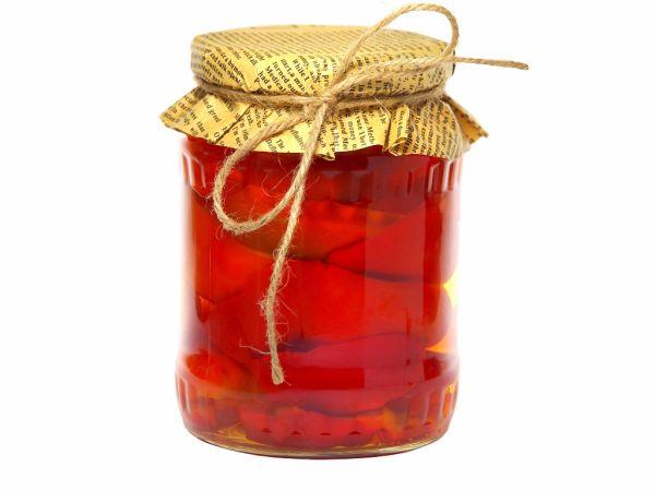 Červená paprika v oleji |
