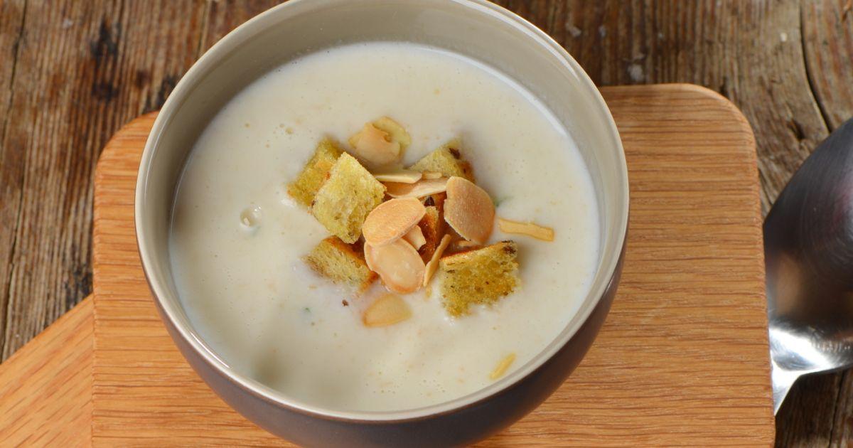 Krémová cesnaková polievka na zimné večery, fotogaléria 1 / 1.