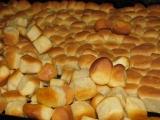 opekance  pečenie, cesto zarábane v domácej pekárni