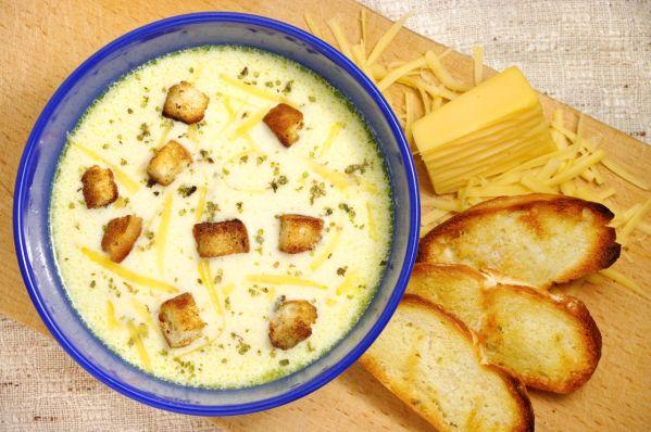Salašnícka bryndzovo-syrová polievka |