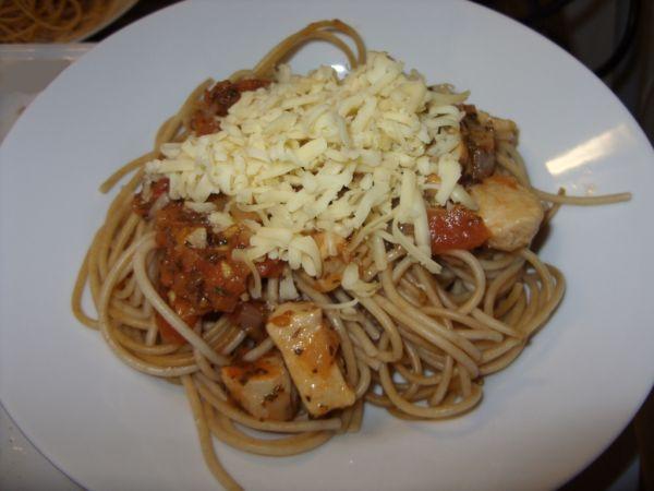 Špagety s omáčkou z paradajok |