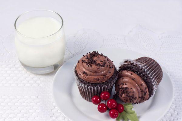 Čokoládové cupcakes s čokoládový krémom |