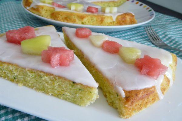Cuketový koláč s citrónovou polevou |