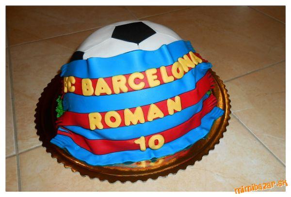 Futbalová lopta so šálom týmu FC Barcelona