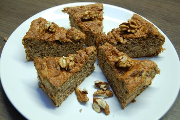 Bezlepkový orechový koláč z 3 ingrediencií |