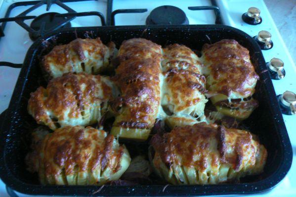 Plnené pečené zemiaky |