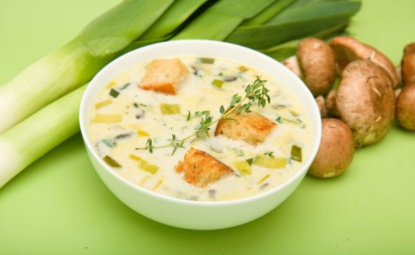 Pórová polievka s hubami |