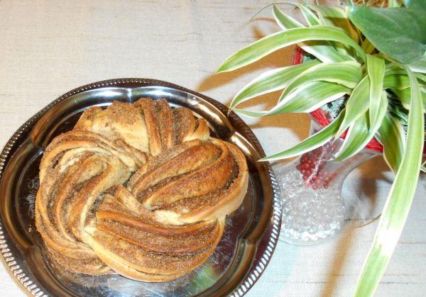 Škoricovo-orechový veniec |