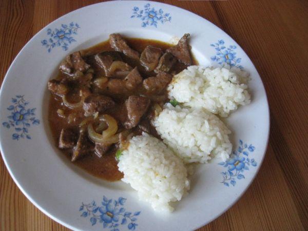 Bravčová pečeň s ryžou |