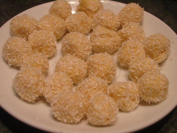 Pomarančovo-kokosové guľky |