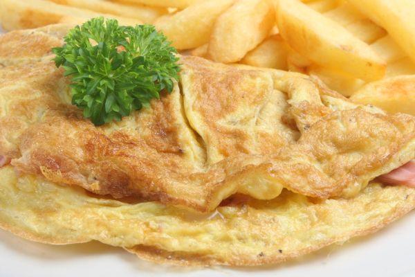 Omeleta plnená avokádom |