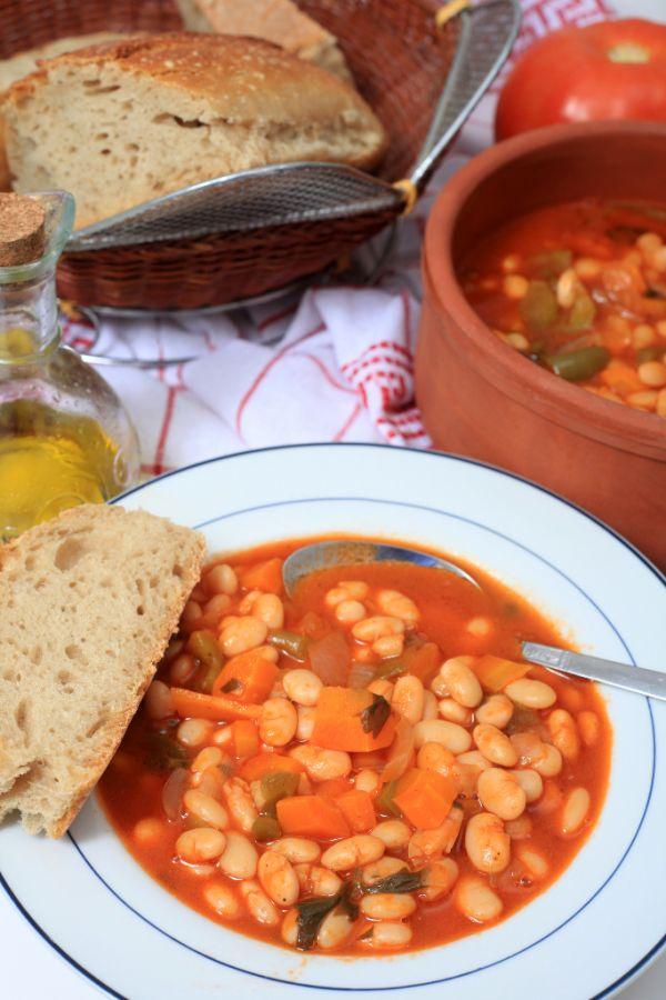 Fazuľová polievka s mrkvou |