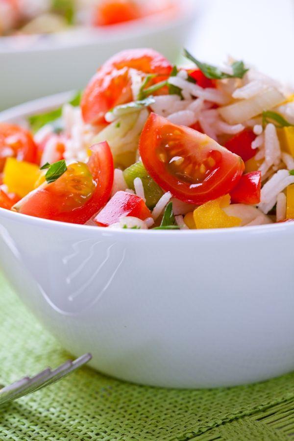 Ryžový šalát s paradajkami a paprikami |