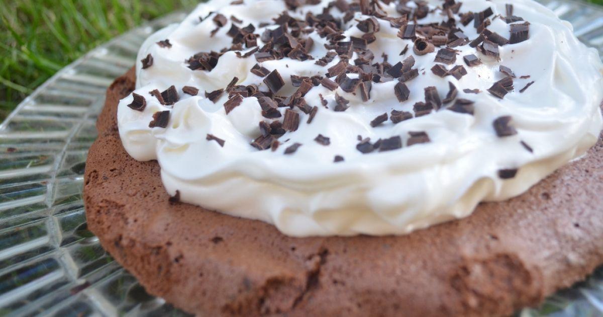 Čokoládová Pavlova torta, fotogaléria 1 / 6.