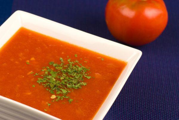 Pikantná paradajková polievka |