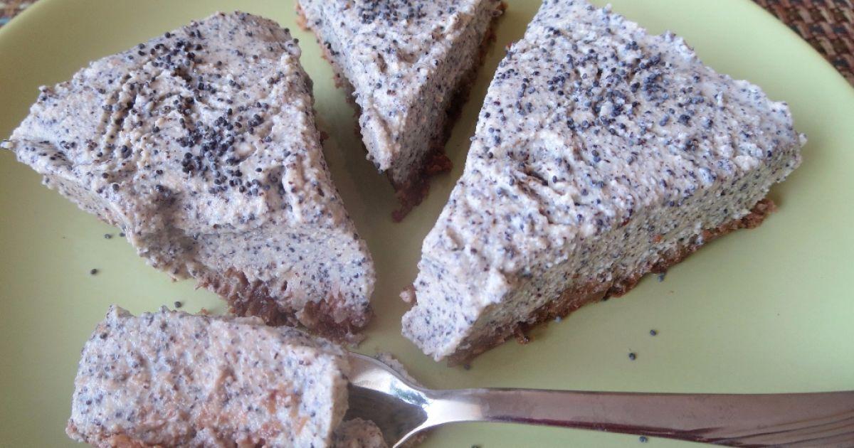 Nepečený makovo-tofu koláč, fotogaléria 1 / 8.