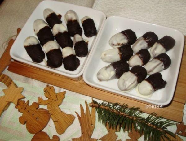 Plnené datle v čokoláde |