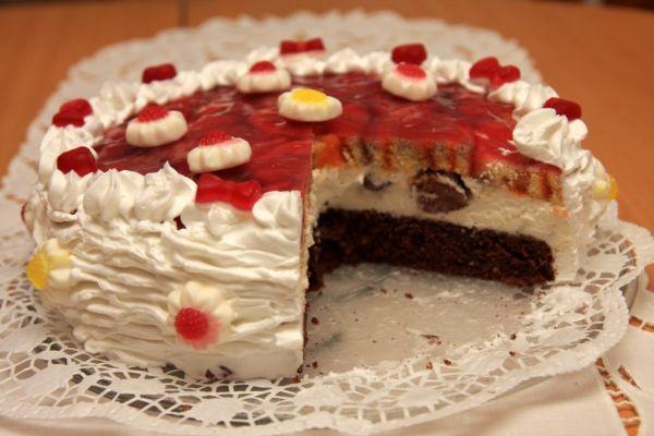 Tvarohová želé torta s roládou |